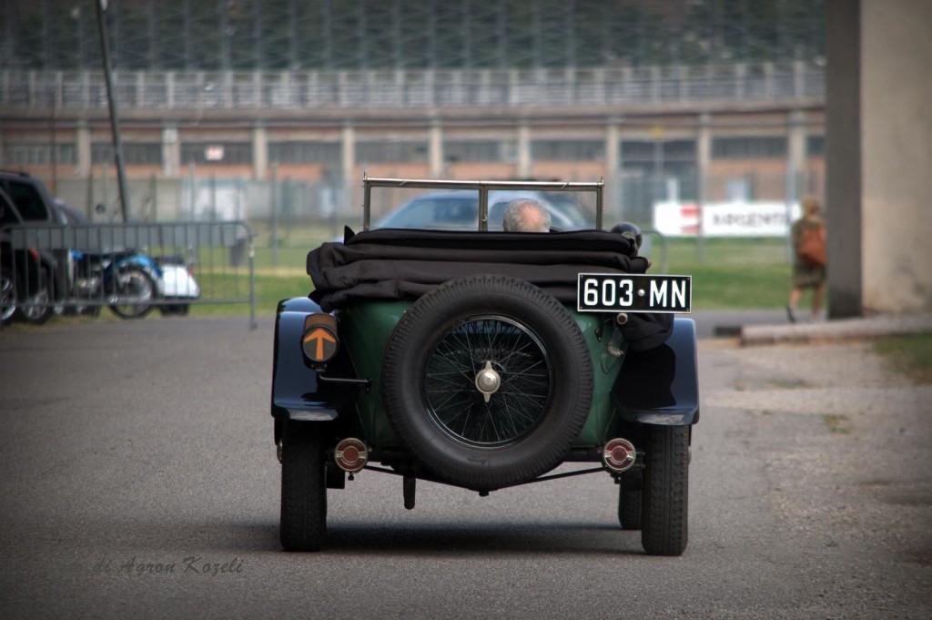 Lancia_Lambda_1929_post