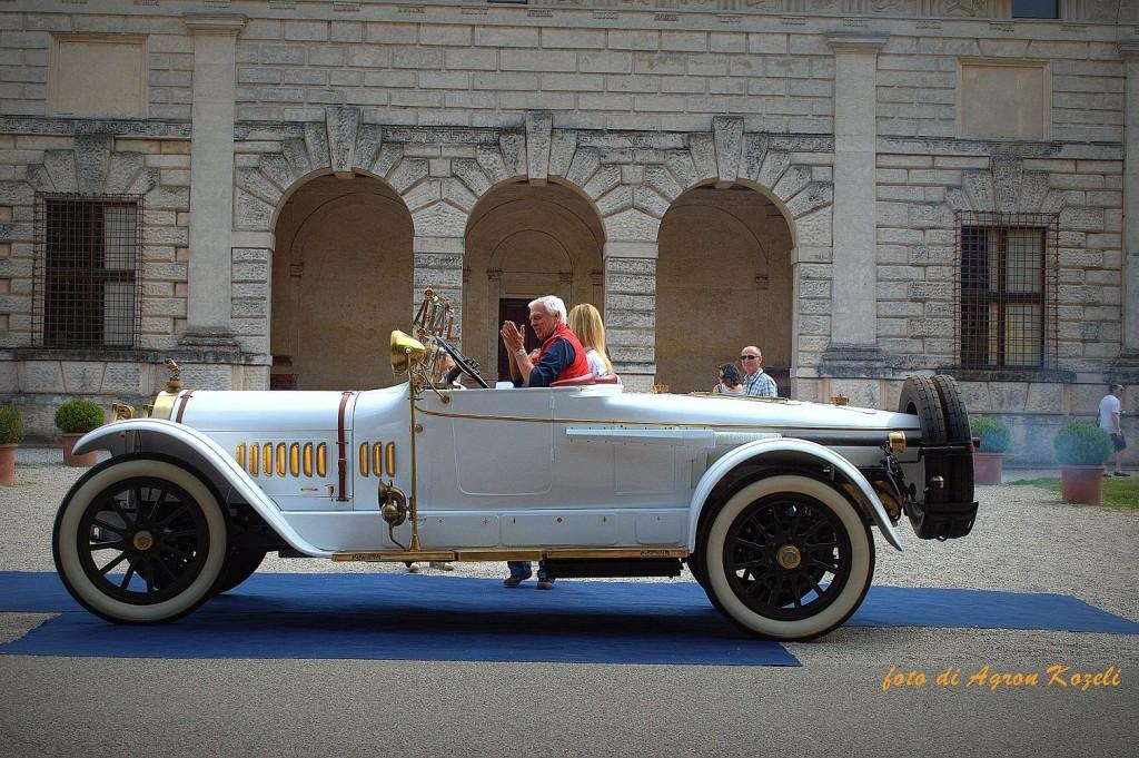 Locomobile M5 1915