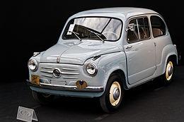 Paris_-_RM_Auctions_-_5_février_2014_-_Fiat_600_-_1956_-_004